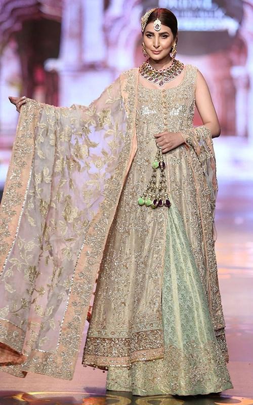 Aisha's Fantastic Designs: