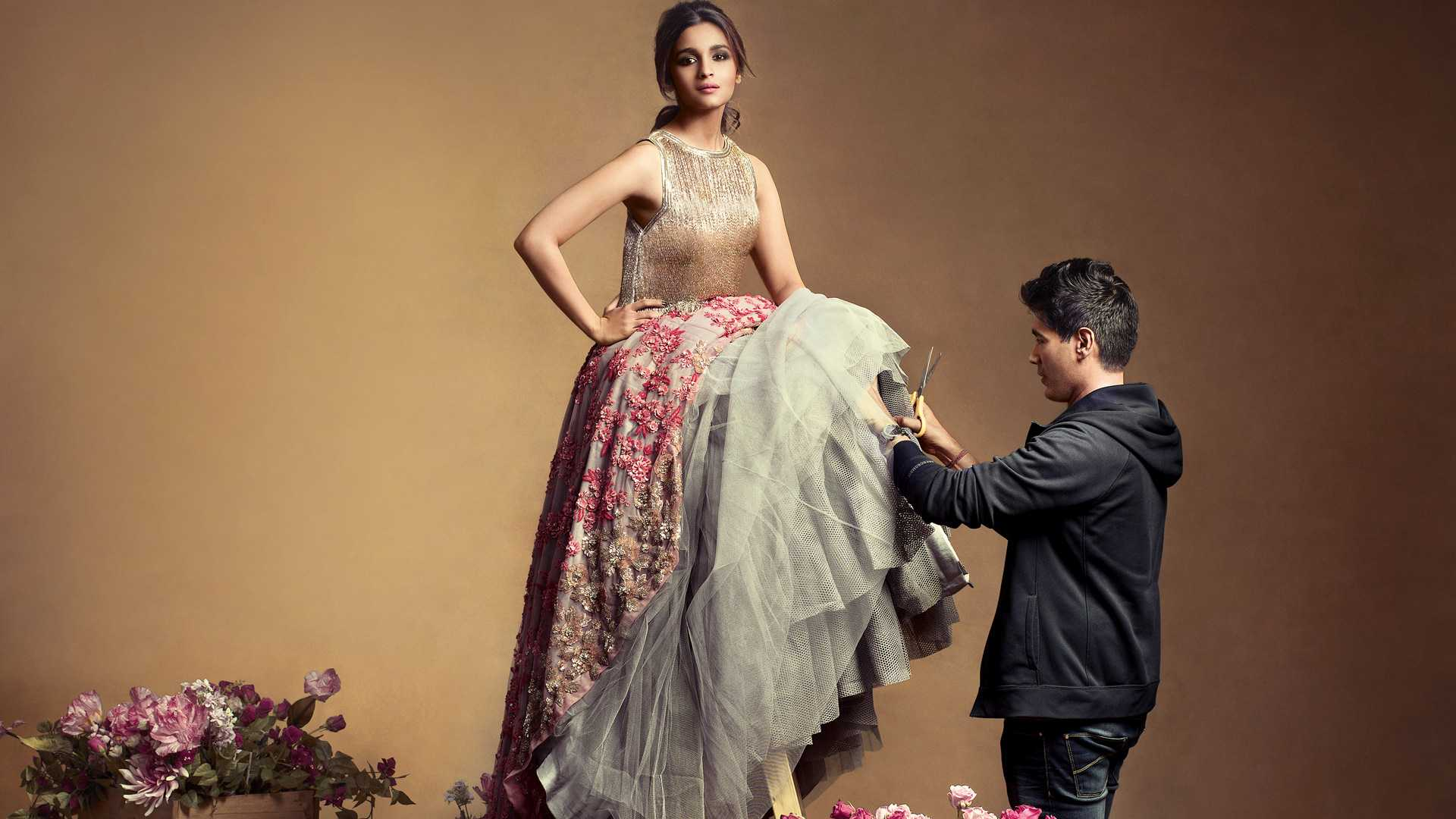 Gallery:Some Manish Malhotra Inspiration From The Other Side Of The Border