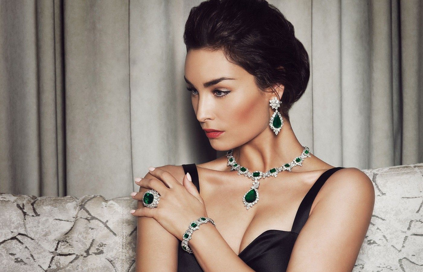 Top International Jewelry Designers To Keep In Mind For Your Bridal Shopping