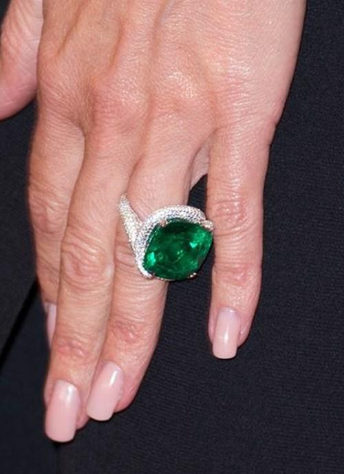 2007: Cushion Cut Emerald Ring