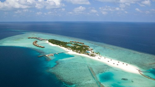 6.	Veligandu Island Resort & Spa, Maldives