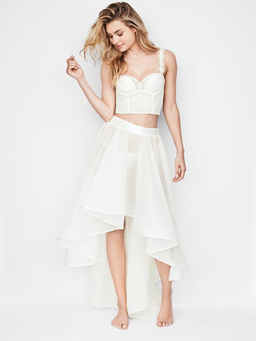 High-low Ruffle Skirt, Rs. 22,214