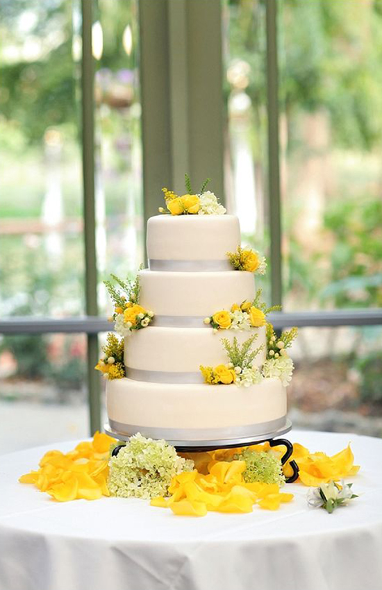 18.For Wedding Cake