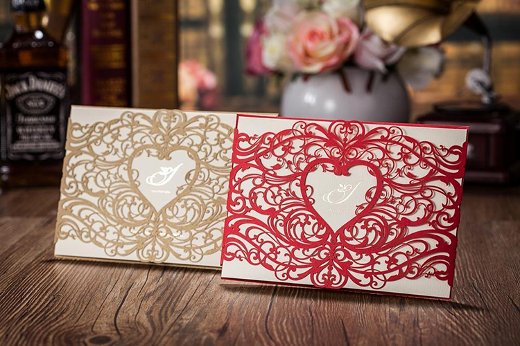 Royal Designs To Up Your Wedding Invitation Game