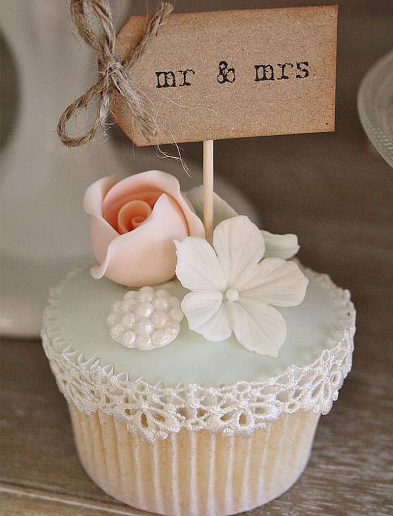 7. Mr. And Mrs. Cupcakes