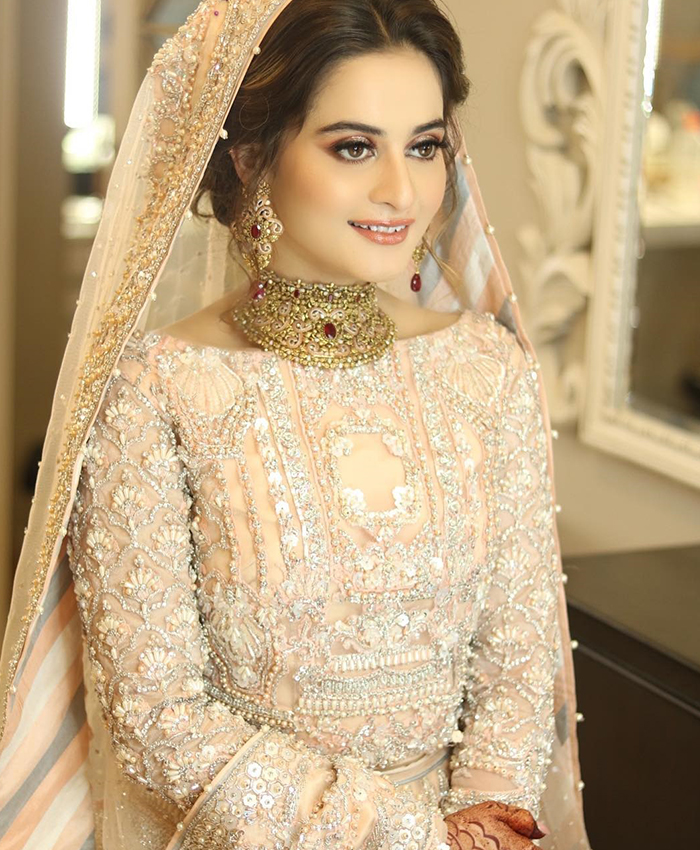 Let S Take A Look At All Of Aiman Khan S Wedding Dresses