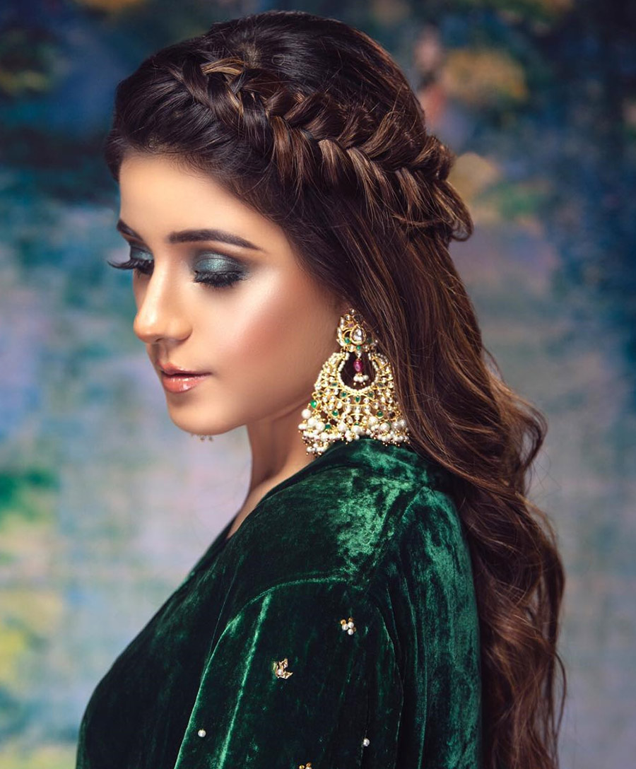 7 Chic Hairstyles For Your Wedding!