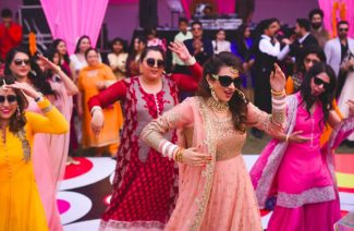 Tips & Tricks For An Epic Mehndi Dance Performance