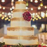 30 Golden Wedding Cakes For You To Go Gaga Over