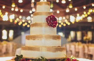 Go Crazy Over These Gold Wedding Cakes