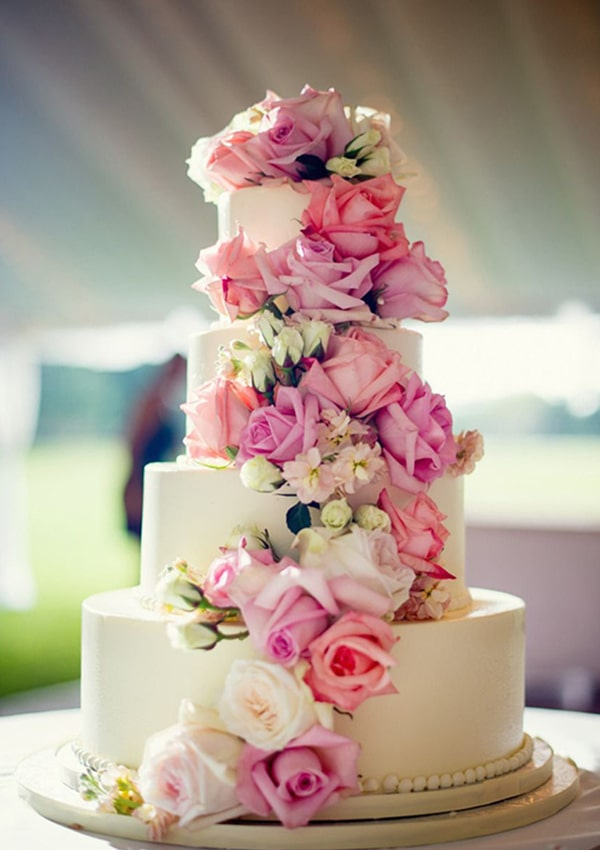 Flower Wedding Cake in spring