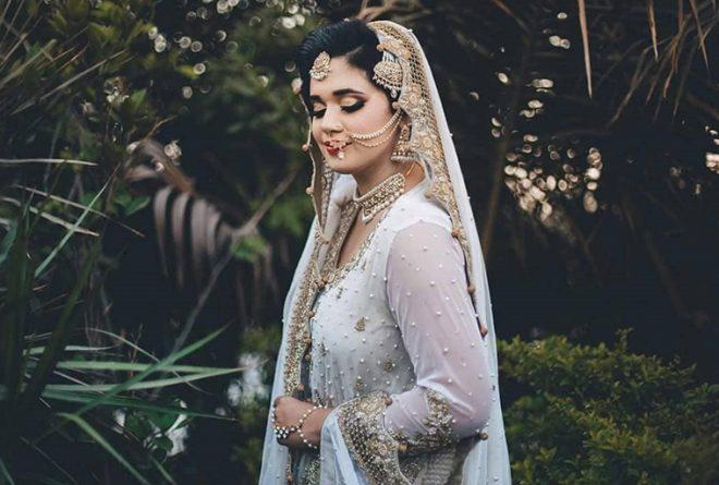 Wedding Attires To Follow For A Closer To Home Wedding