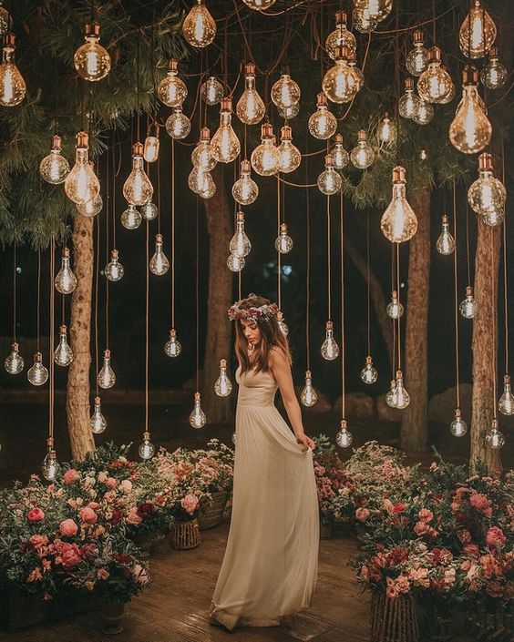 25+ Phenomenal DIY Backdrop Ideas For Your Big Day