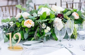 How Should We Really Plan to Save On Each Wedding Centerpiece?