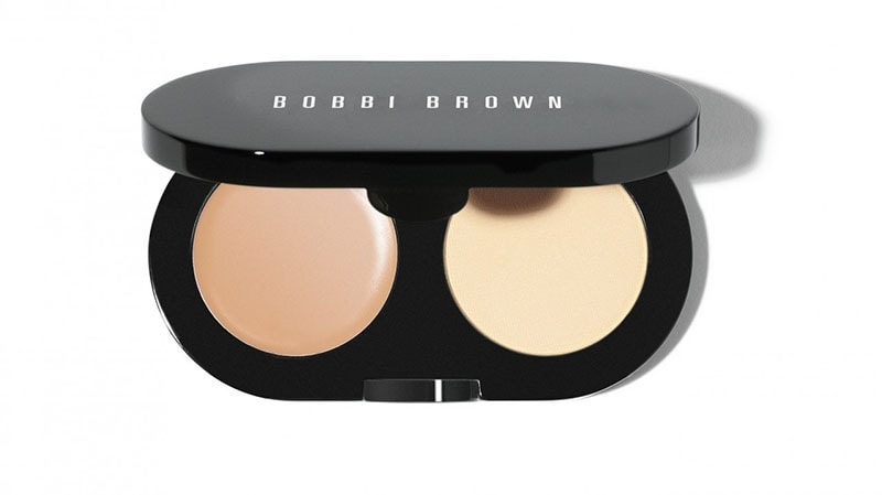 3.Bobby Browns Creamy Concealer Kit