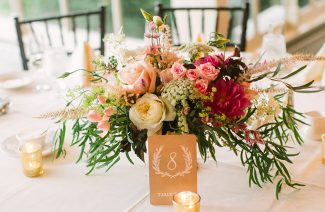 25+ Rose Centerpieces That Will Upgrade Your Wedding Tables