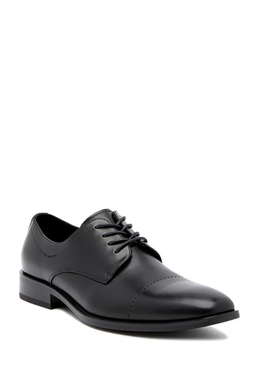 8.	Kenneth Cole New York Leisure Hours Derby