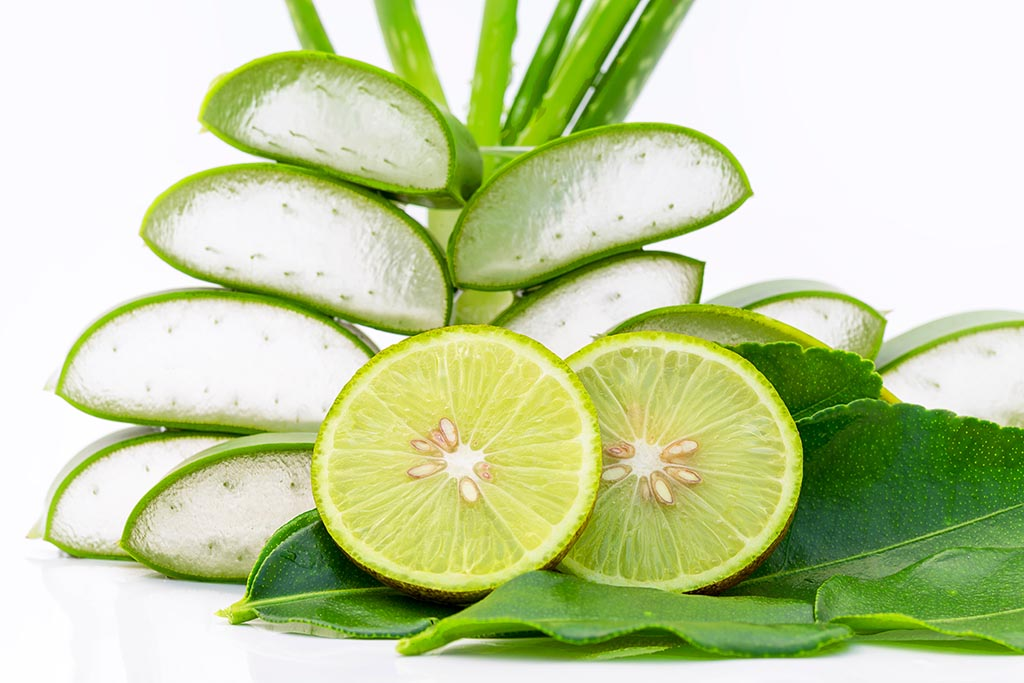 Lemon and Aloe Vera is good for Skin