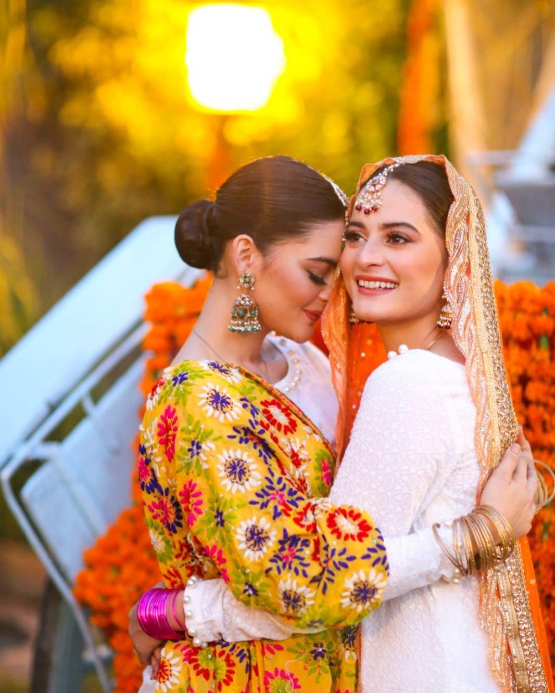 Bridal Dress for prewedding ceremoney