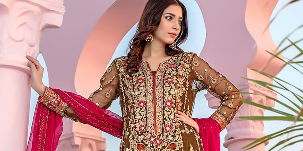 Aisha Imran's Latest Formals Include Your Dream Mehendi Outfit