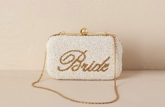 8 Essentials That You Must Put in Your Bridal Clutch