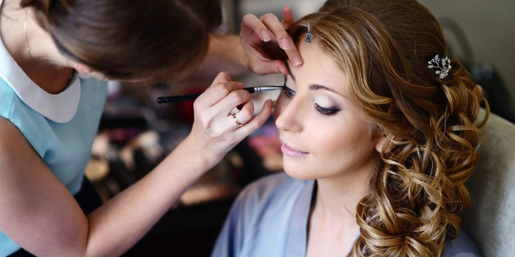 7 Questions You Should Ask Your Stylist Before Your Big Day