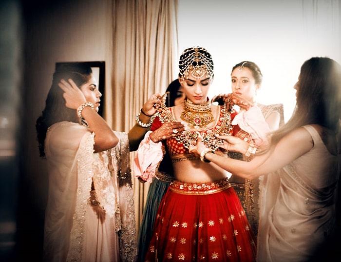 Sonam Kapoor: Belleza Jewels