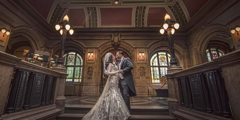 In Pictures: Couple's Shoot Ideas You Need for Epic Wedding Album
