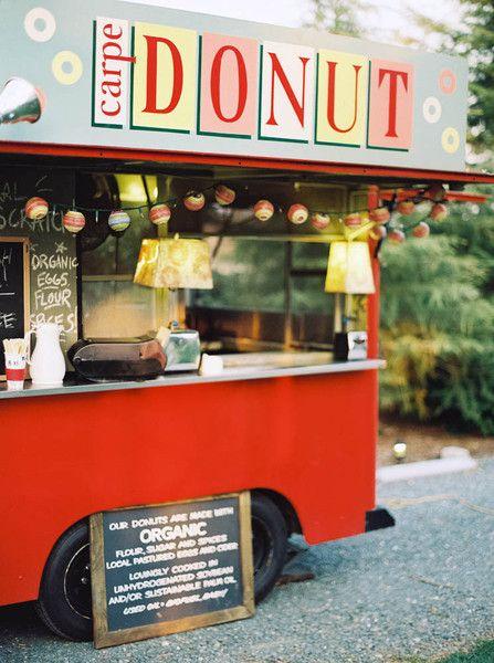 Food Truck in Wedding Decor
