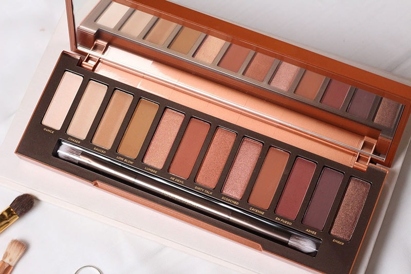 2.	Naked Heat Palette by Urban Decay