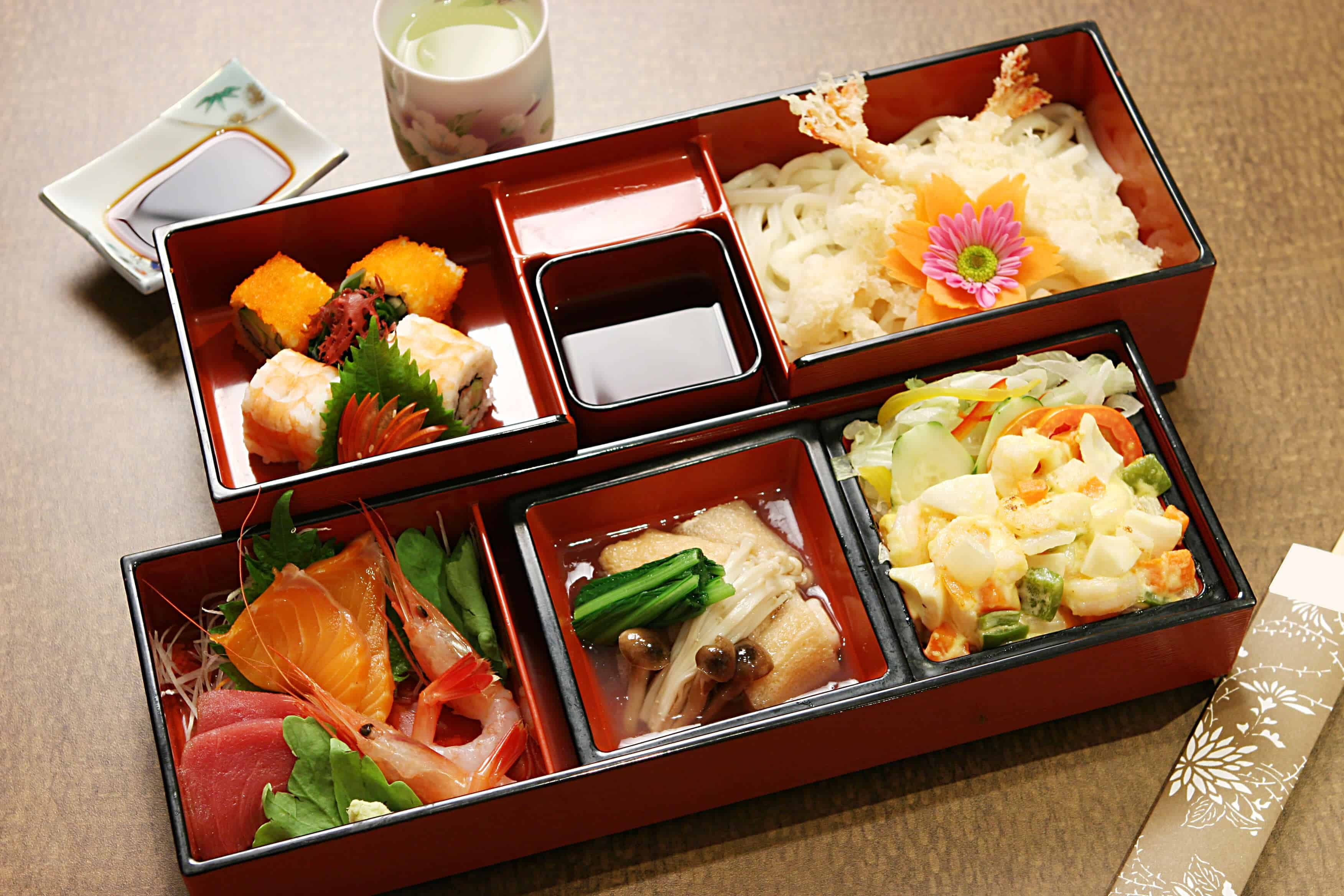 Top 8 Japanese Foods To Indulge In With Your Partner On Honeymoon