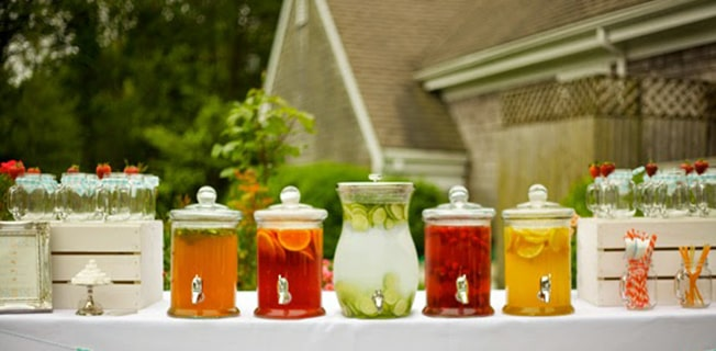 Fresh And Non-Carbonated Drinks To Include In Your Wedding Menu!