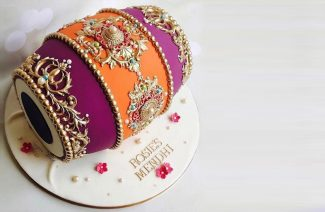 The Traditionally Themed Cakes That Are Wooing the Wedding Guests