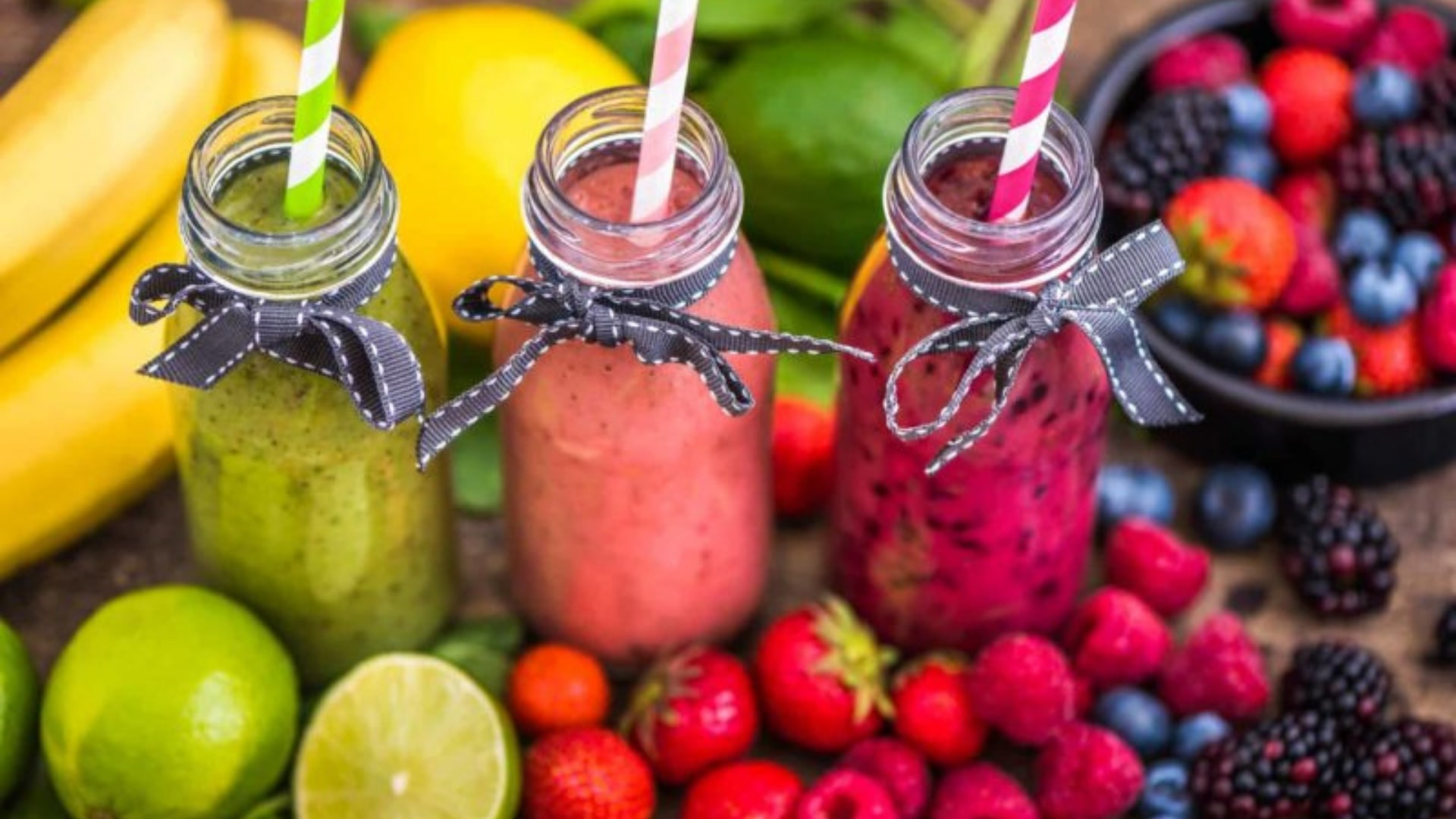 6 Go-To Smoothie Recipes for All the Summer Brides-to-Be