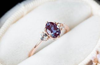 7 Engagement Rings Inspired by Nature, With Intricate Charming Details