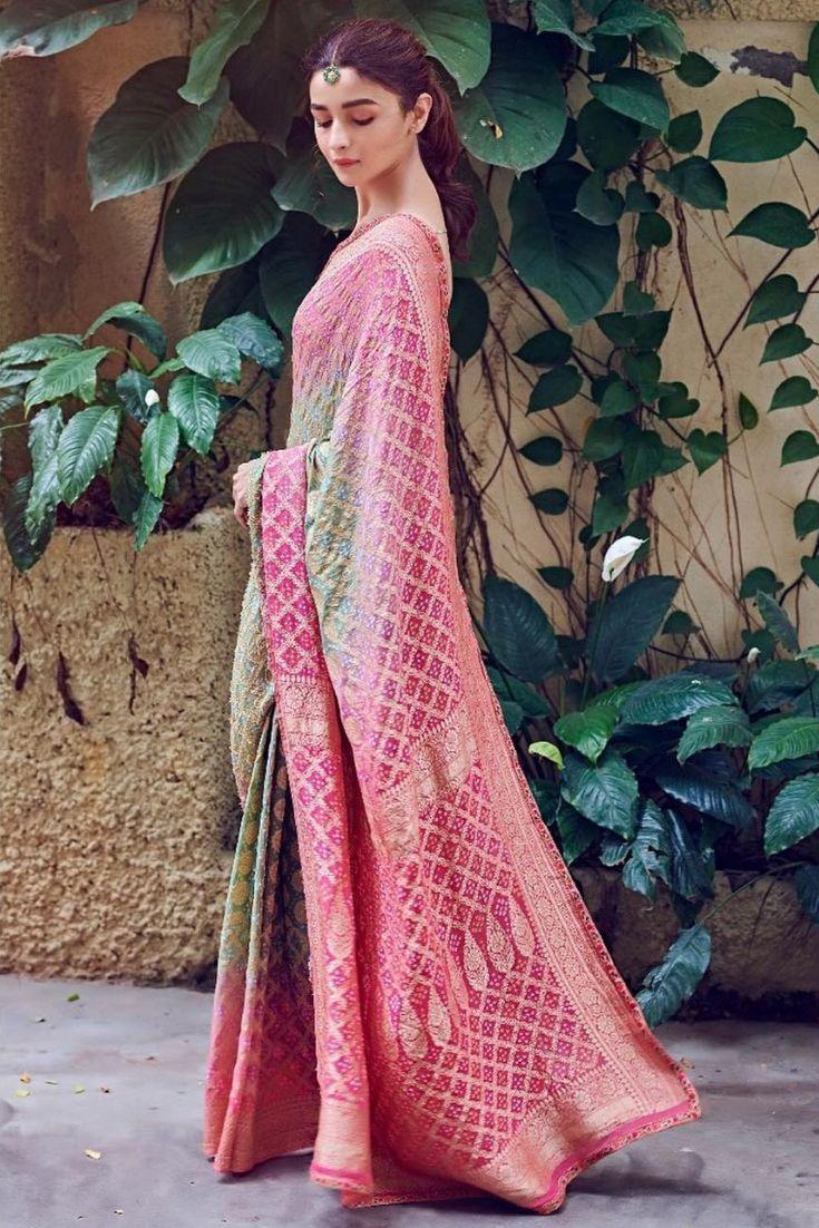 Alia Bhatt in Tarun Tahiliani