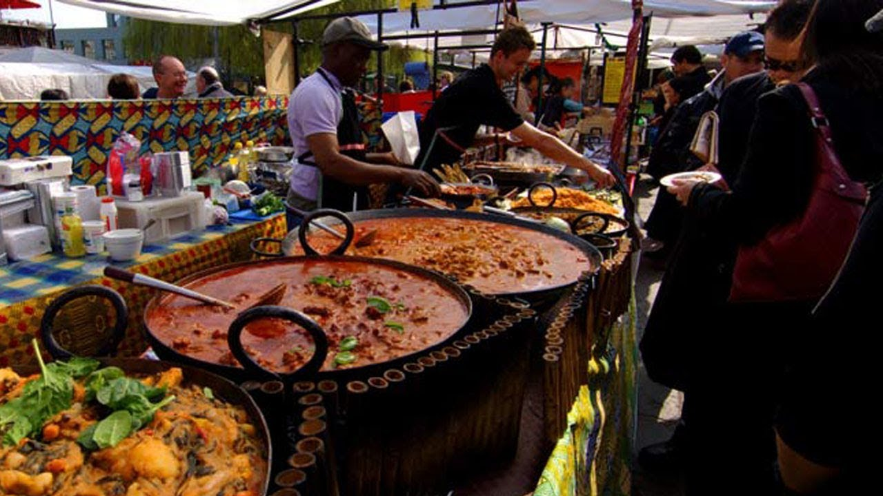 Food stalls in Rio