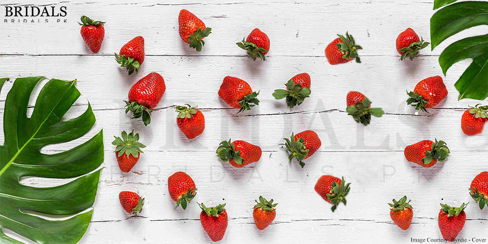 5 Strawberry DIY Face Masks For A Radiant Skin!